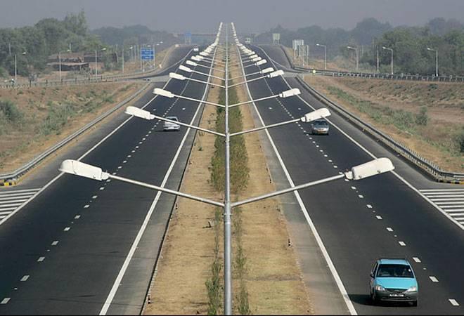 أعمال الطرق و الممرات و مهبط الطائرات